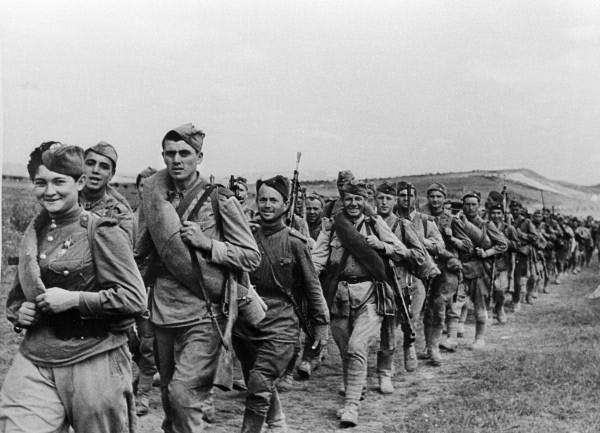 How many troops of the red Army fought against Hitler in 1941