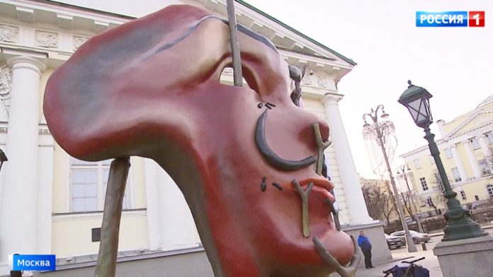 Masterpieces of Salvador Dali brought to Moscow