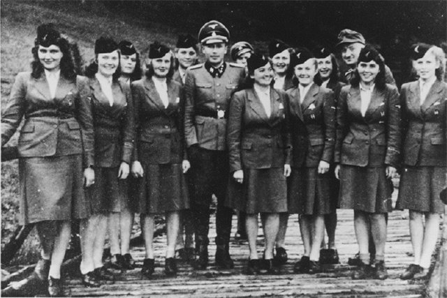 Polygamy in Nazi Germany who wanted him to legalize
