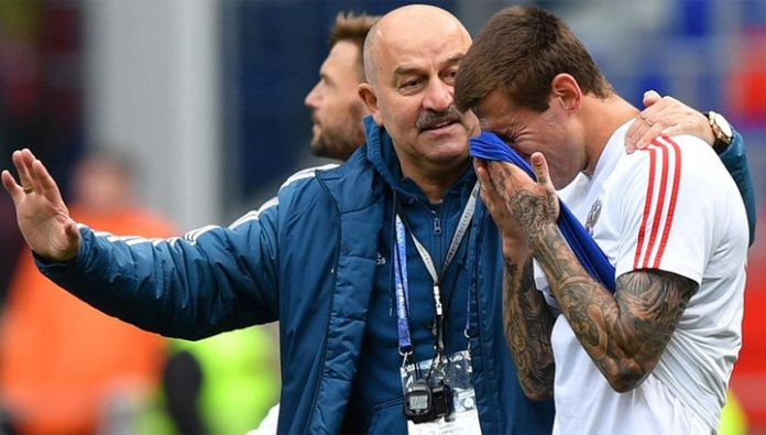 Stanislav Cherchesov: it is necessary to respect the choice of Smolov, Sobolev and Komlichenko