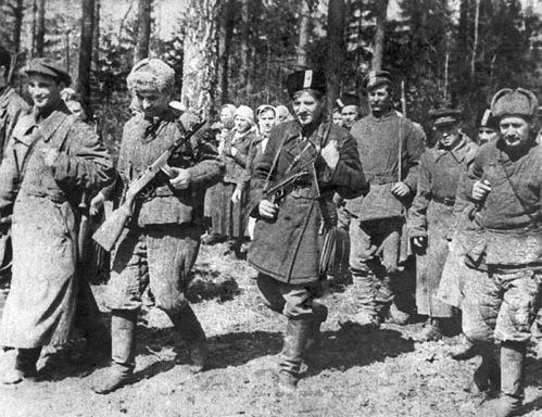 What became of Belarusian partisans after the arrival of the red Army