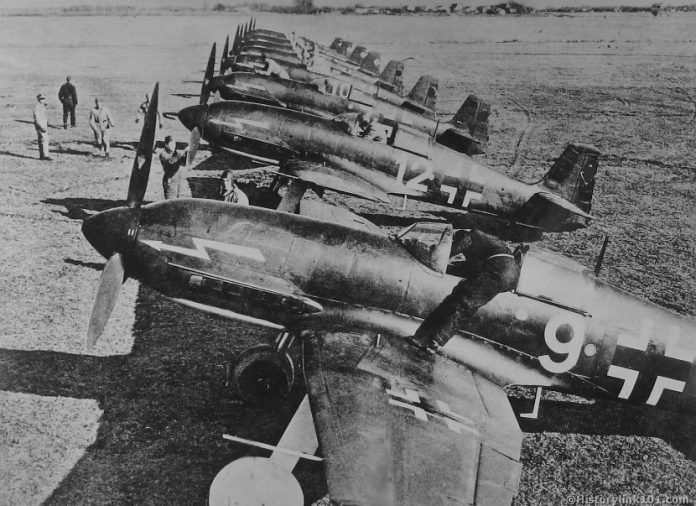 What defunct German aircraft were shot down by Soviet pilots
