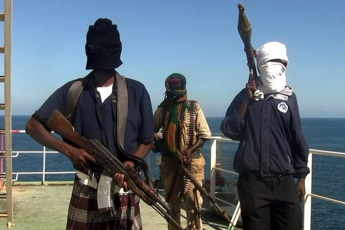 What is the Somali pirates have accused Russian special forces in 2010
