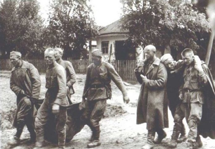 Why on the front of the Red Army and the Wehrmacht did not respect burial rituals