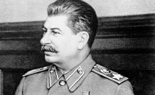 Why Stalin was opposed to moving the capital from Moscow to Leningrad