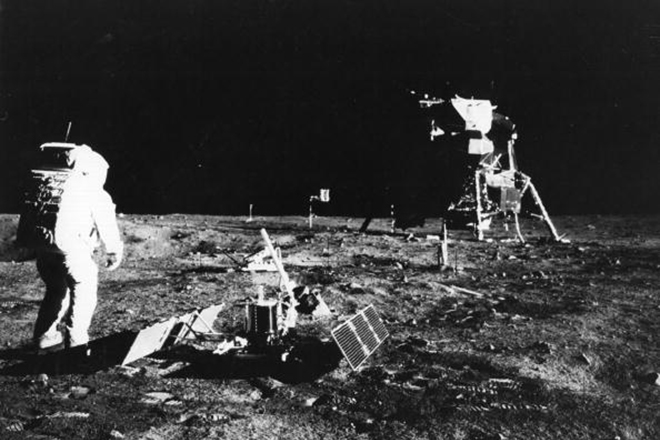 Why the Americans wanted to drop the moon atomic bomb