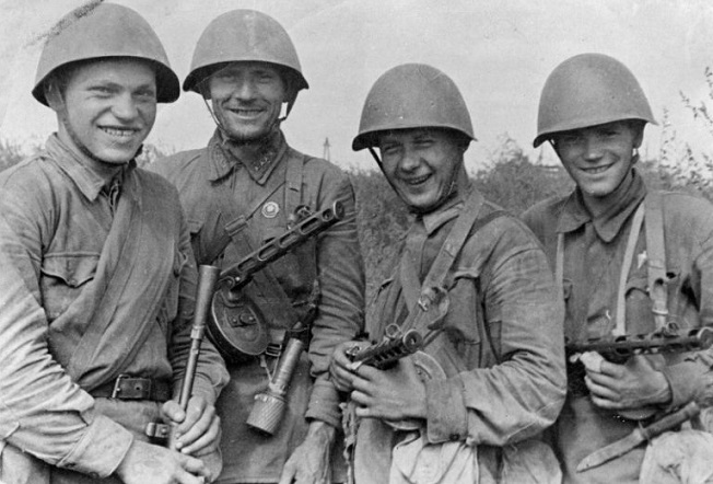 Why the red army in the great Patriotic war did not like to wear helmets