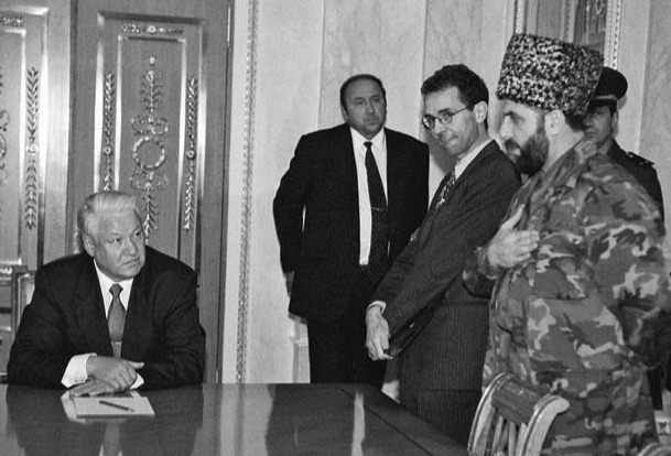 Yeltsin talks with the Chechen rebels: as it was