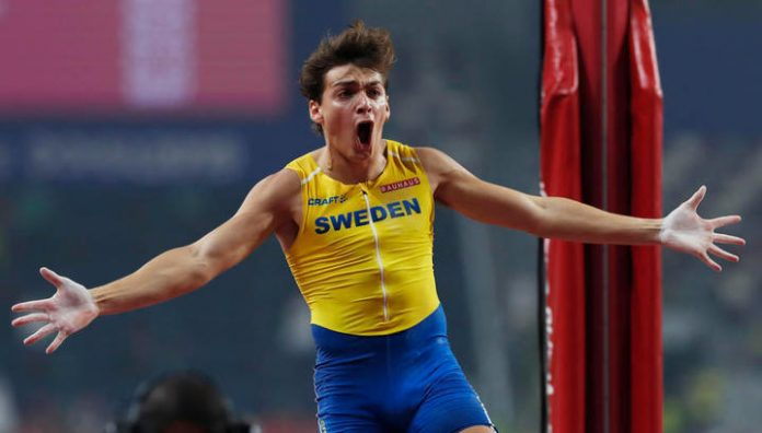 20-year-old Swede set a world record in the pole vault indoors. Video