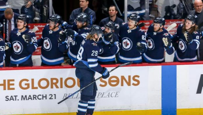 A hat-trick Laine brought a victory