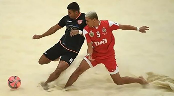 """Beach soccer. """"Locomotive"""" and """"Spartak"""" has gained two victories"""