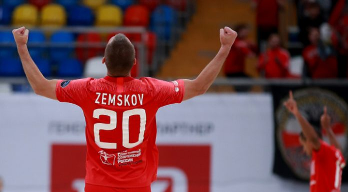 """Beach soccer. """"Spartak"""" and """"locomotive"""" will play in the semi-final Mundialito-2020"""