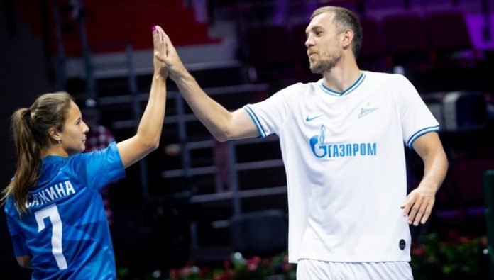 Dzyuba with Kasatkina played in tennisball with Kerzhakov and Kuznetsova