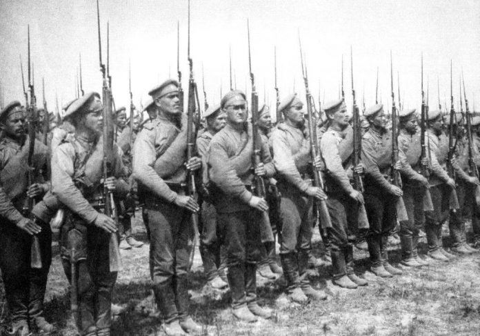 How many a day spent Russia in the First World war