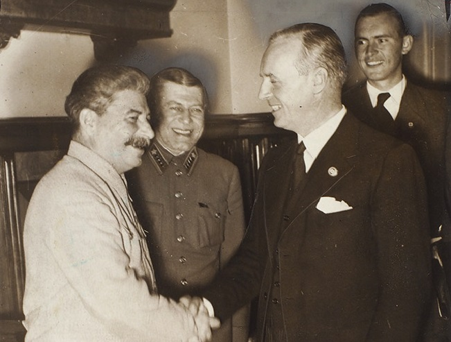 Joachim von Ribbentrop: as foreign Minister of the Third Reich was preparing the assassination of Stalin