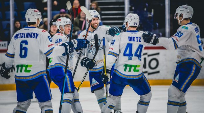 """KHL. Kazakhstan """"Barys"""" in Moscow defeated the leaders of the tournament from CSKA"""