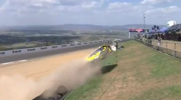 """""""Lucky, that is not the crowd"""": the driver was in an accident, almost flying into the stands"""