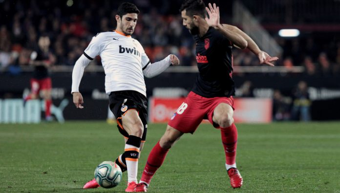 The Championship Of Spain. Valencia was saved in the game with atlético