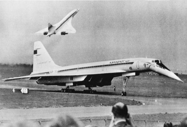 The crash of Tu-144 at Le Bourget: what broke the Soviet