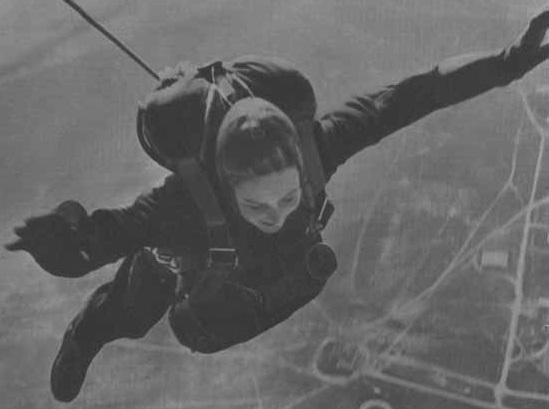 The death of parachutist Love Berlin, that she promised to Stalin