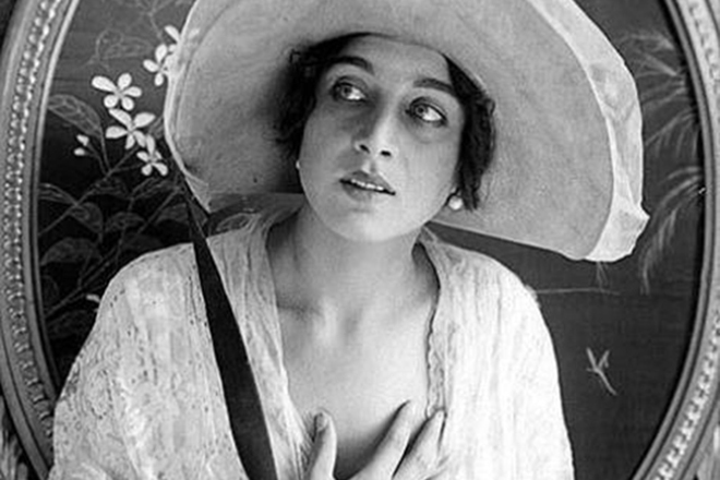 The death of Vera Cold: who poisoned the first star of Russian cinema