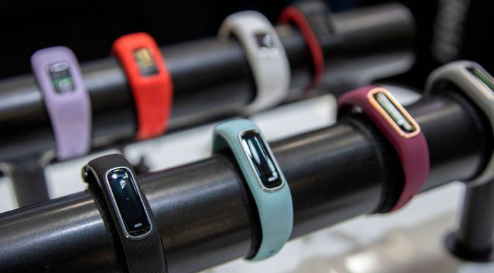 The doctor told me about the benefits of fitness bracelets and smart watch
