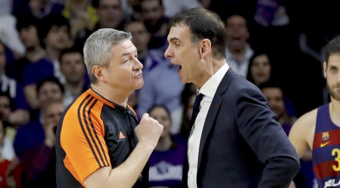The referees were attacked after the match of Euroleague basketball