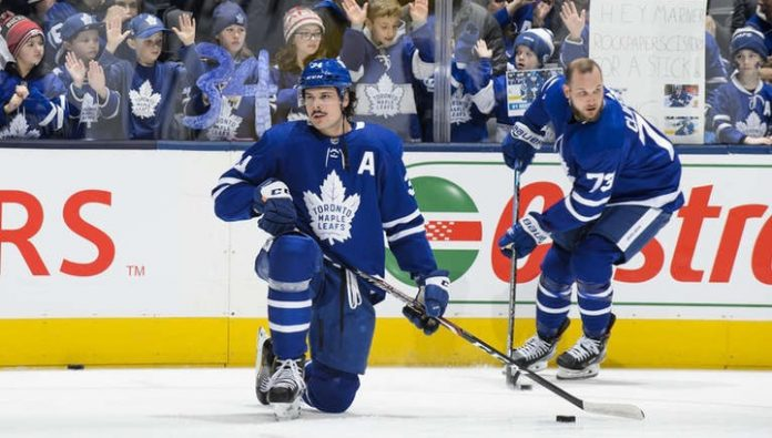 Toronto beat Anaheim, Matthews scored 4 points and caught up with Ovechkin in the first ever European games