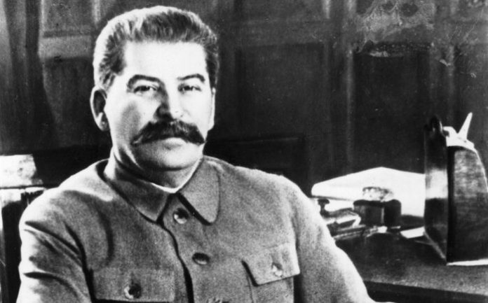 What Stalin did in the night of Hitler's attack on USSR