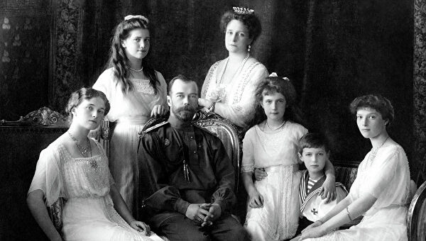 Why did the Bolsheviks hid the execution of the Royal family