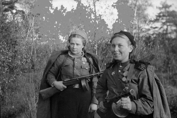 Why in the red Army created a women's small part in 1942
