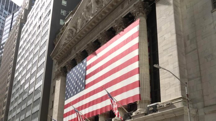 Dow Jones closes with largest gain since 1933 | The Global Domain News