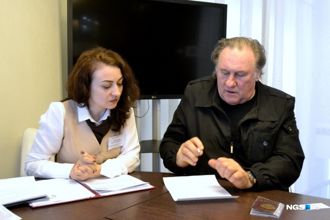 Business Gerard Depardieu admitted to the victims of the coronavirus, but it is not necessary