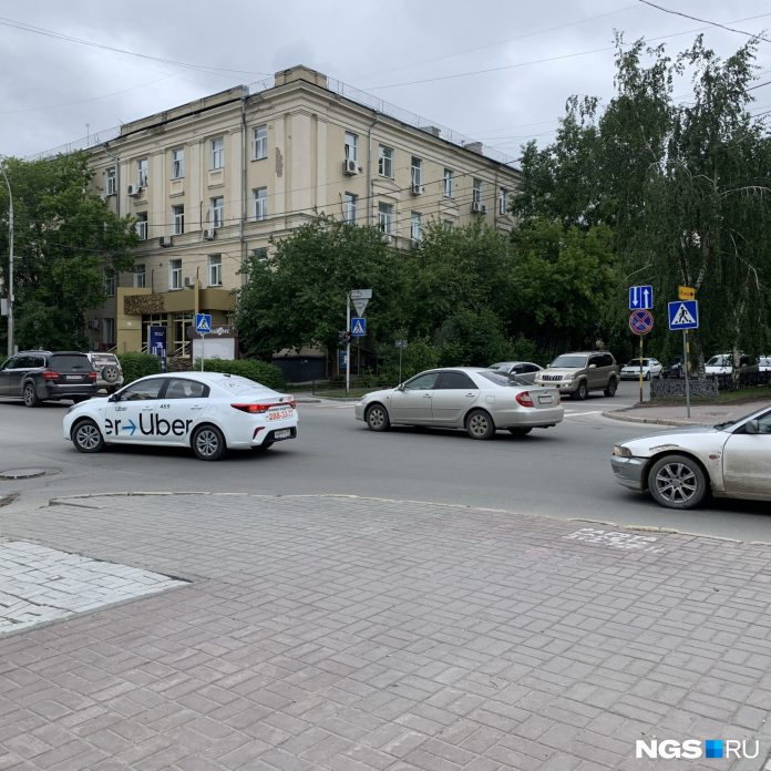 Insidious Prospekt in Novosibirsk, where drivers forget to give way and I