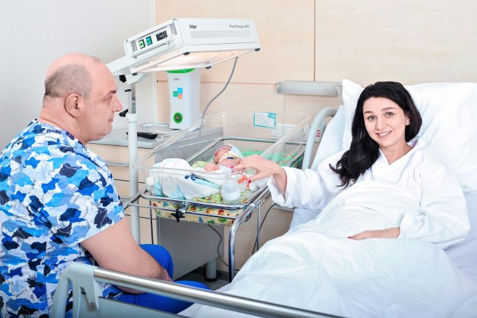 It is important for new moms: how to work the hospital of Novosibirsk, has not yet removed the regime of self-isolation