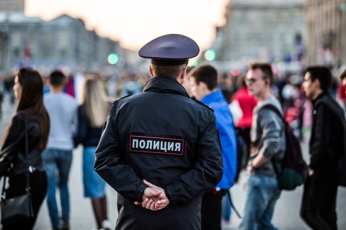 The police on duty in the centre of Novosibirsk, and the imprint is looking for participants in a mass party — online-chronicle