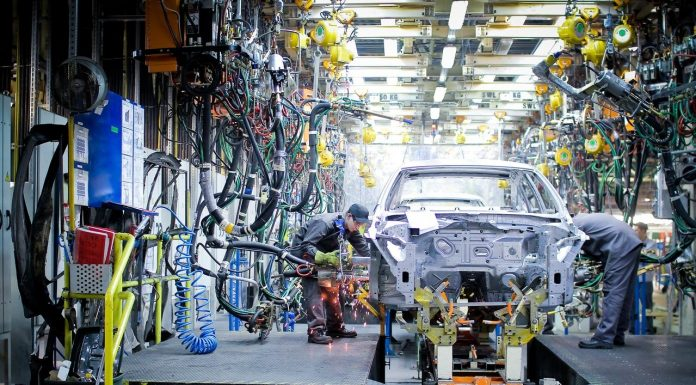 The worst April since the beginning of the century: the Russian car industry is preparing for shutdowns and mass layoffs