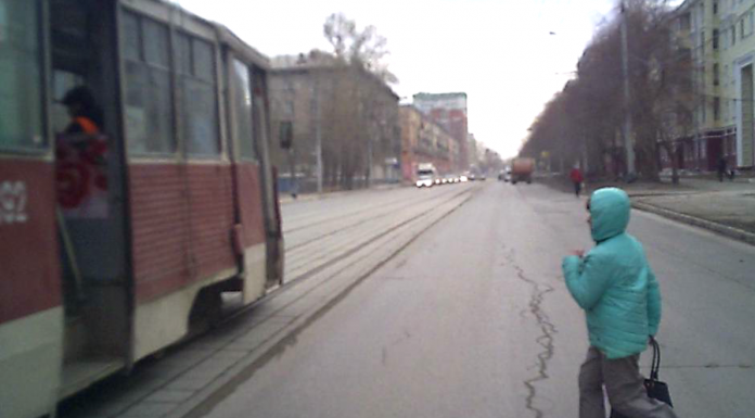Trams-killer: the death of the passenger, hit by a jeep at the bus stop, got on video. Driver acquitted