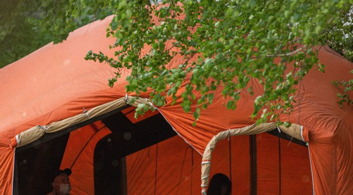 Under the Windows of infectionsi put the tent of emergency medicine — tell why