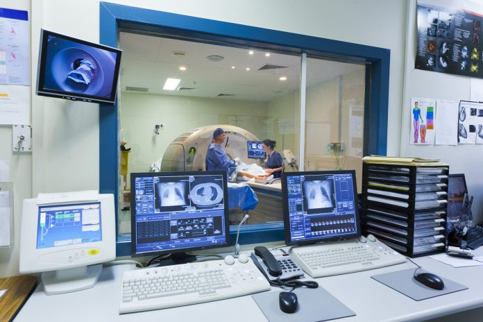 How to pass MRI study, if you're afraid of closed spaces