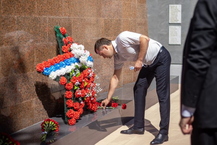 In the Birch grove reconstructed the monument to soldiers of the great Patriotic war, which had not been updated for 43 years