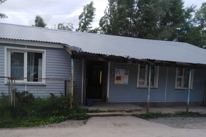 Novosibirets was shot in the stomach, trying to separate the conflict from the store in Razdolnoe