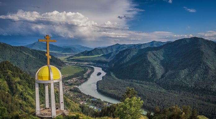 Novosibirsk photographer took fabulous Altay with a height of 16 frames fascinating region