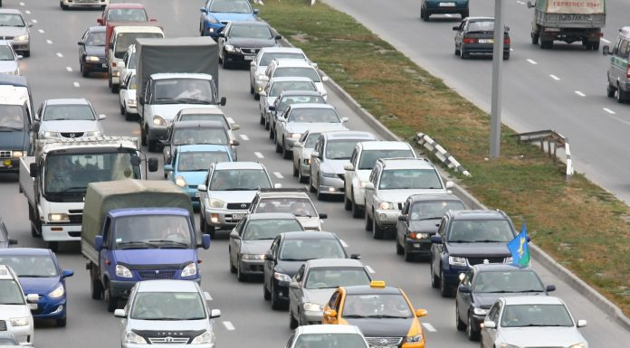 """""""All good rest"""" Novosibirsk motorists got stuck in traffic on the outskirts of the city"""