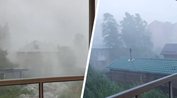 Berdsk covered hurricane: from-for a strong wind went horizontal rain