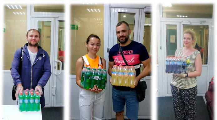 """Every weekday Novosibirsk get the box of lemonade from the """"New radio"""""""