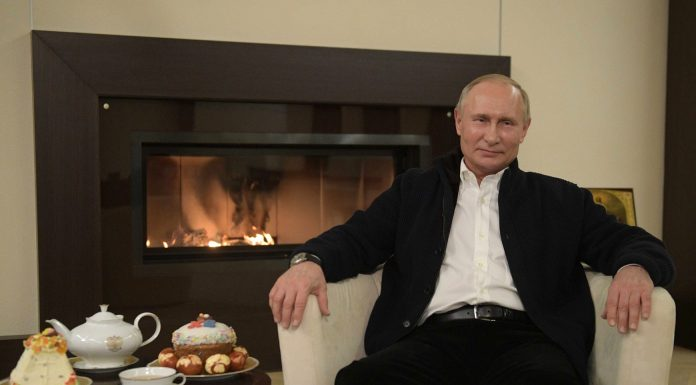 """""""God helps those who help themselves"""" Putin has congratulated believers on Easter"""