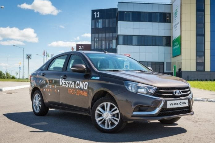 The government gave full throttle: the Russians will receive 80 thousand for the conversion of cars to methane