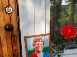 """""""Then, they say, briskly cried"""". The details of the tragedy near Novosibirsk, where the seventh-grader killed a teacher"""