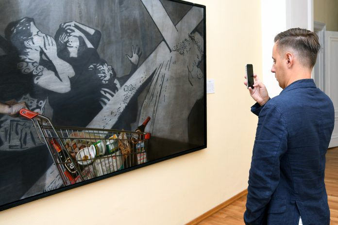 Three months without visitors: what will happen to residents in the Novosibirsk art Museum after the opening